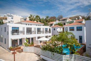luxury hotel in paphos