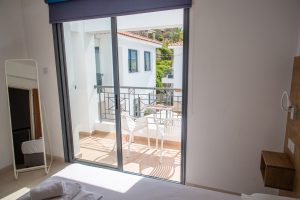 place to stay in paphos