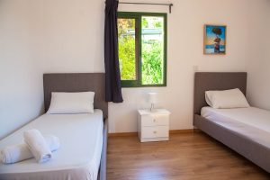 beach hotel paphos